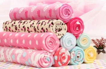 Какие использовать ткани для пошива детской одежды